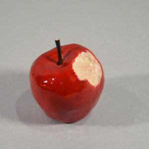 Pomme croquée #1
